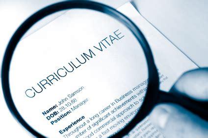 Curriculum vitae credit analyst